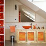 Orange Stripes bathroom furniture fronts