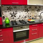 Flowery kitchen splashback 2